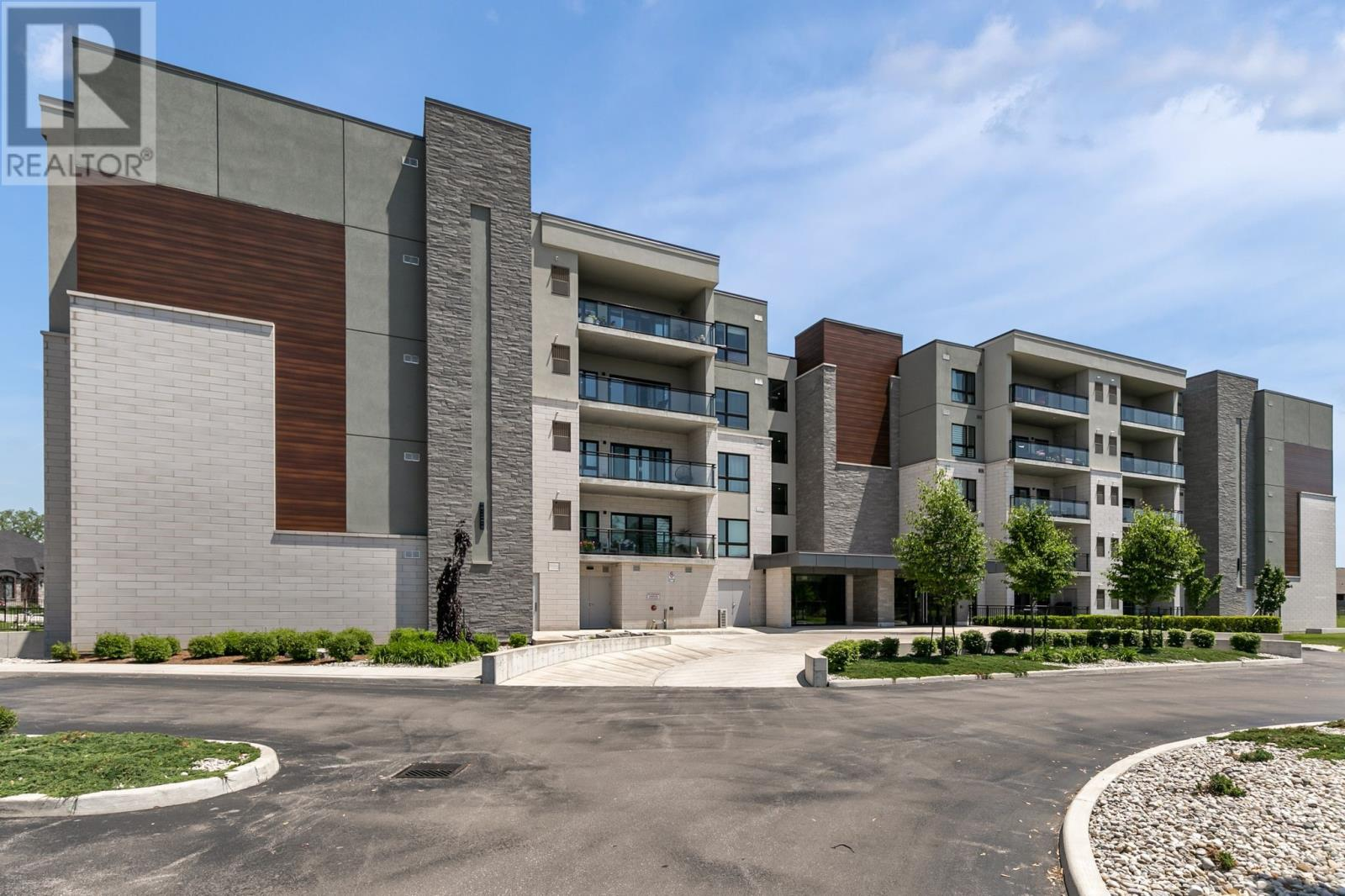 Image nr 1 for listing 250 MANNING Unit# 503, Tecumseh