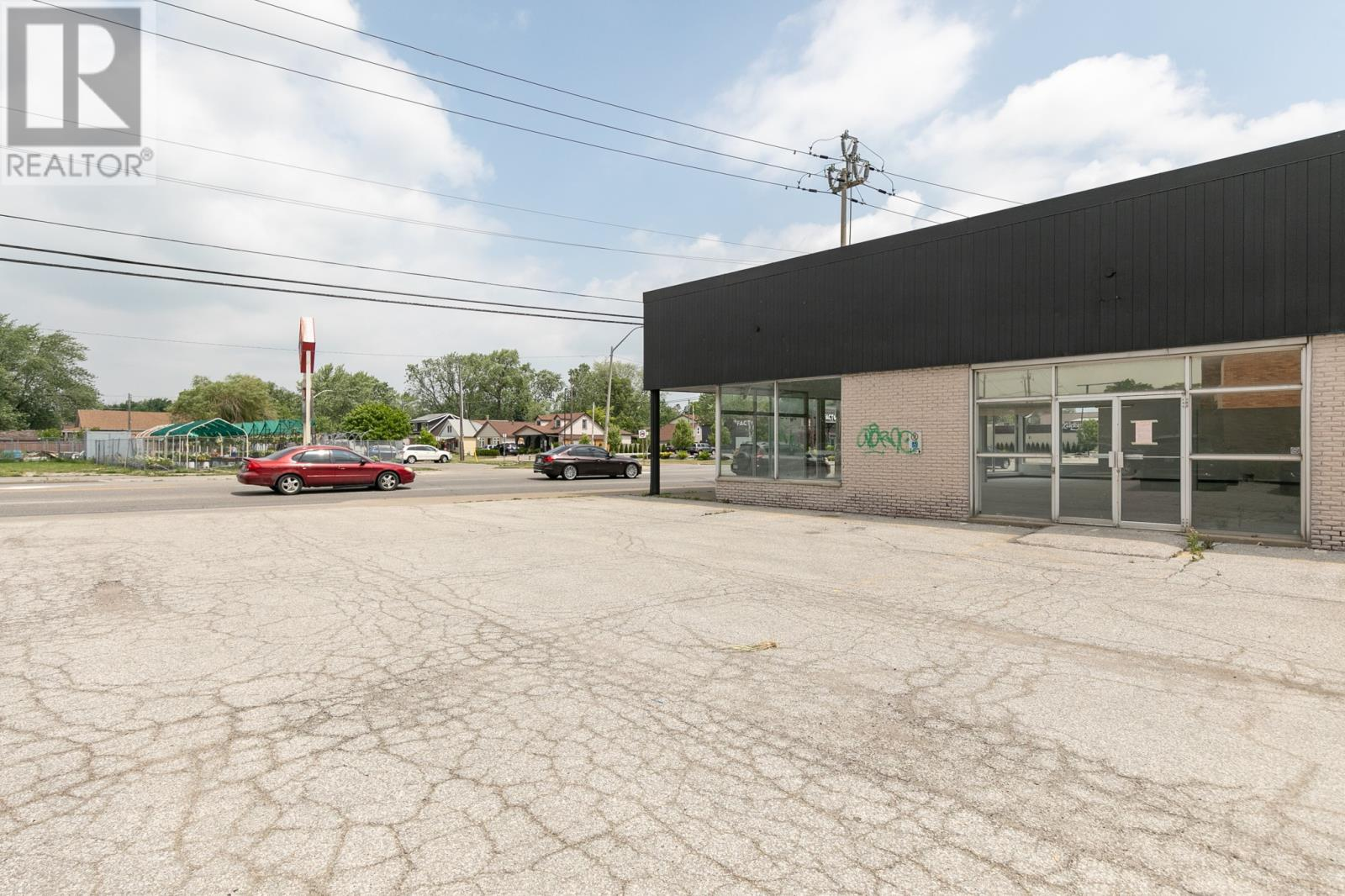 Image nr 4 for listing 5189 TECUMSEH, Windsor