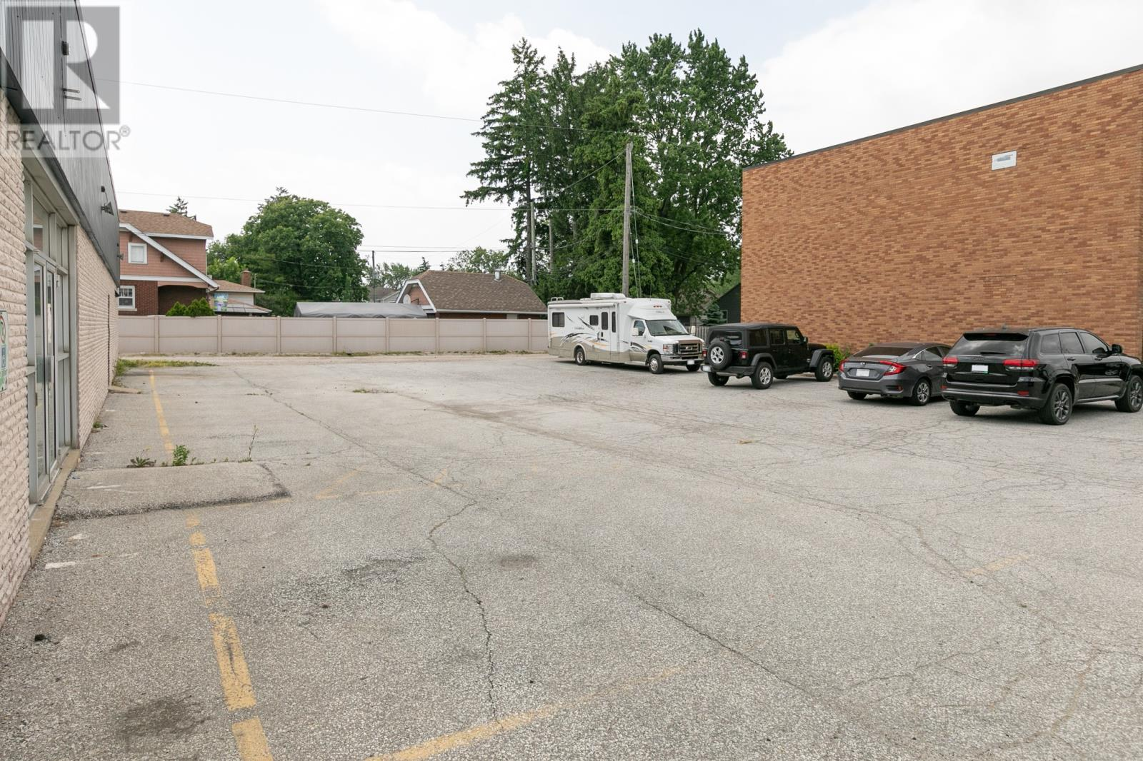 Image nr 7 for listing 5189 TECUMSEH, Windsor