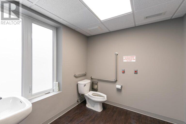 Image nr 32 for listing 1083 OUELLETTE AVENUE, Windsor