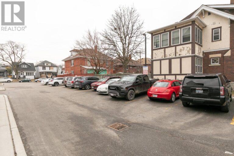 Image nr 8 for listing 1083 OUELLETTE AVENUE, Windsor