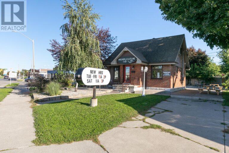 Image nr 11 for listing 8061 WYANDOTTE STREET, Windsor
