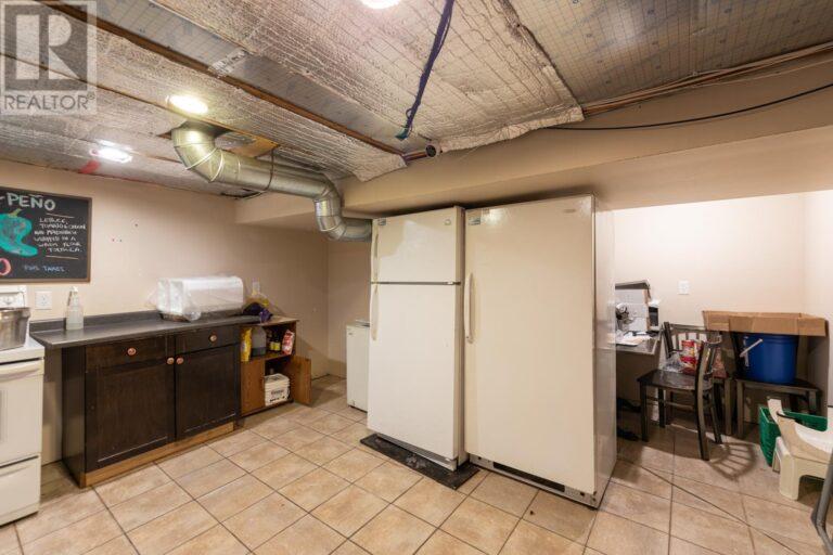 Image nr 29 for listing 8061 WYANDOTTE STREET, Windsor