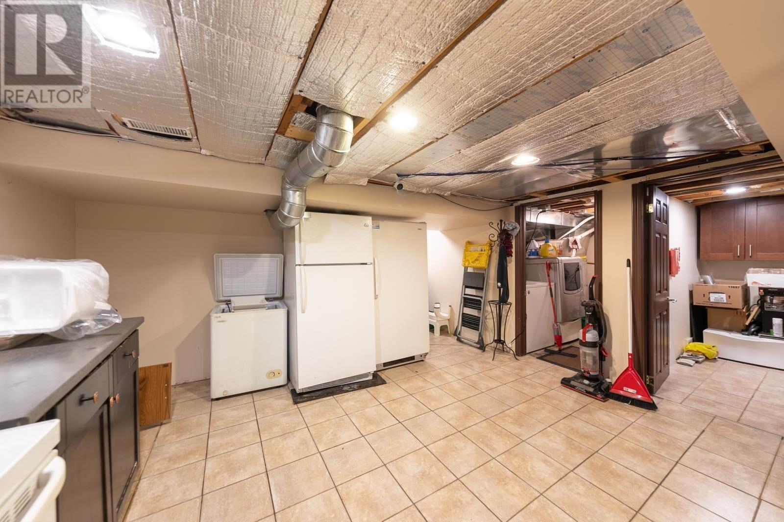 Image nr 32 for listing 8061 WYANDOTTE STREET, Windsor
