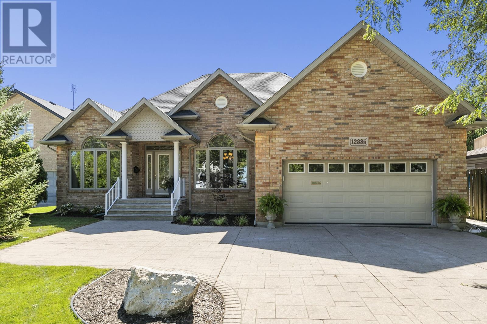 Image nr 1 for listing 12835 RIVERSIDE DRIVE East, Tecumseh