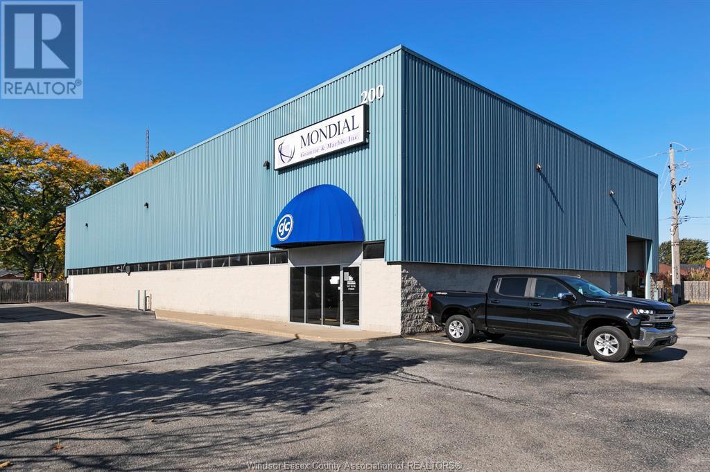 Image nr 1 for listing 3215 JEFFERSON Unit# 200 & 300, Windsor