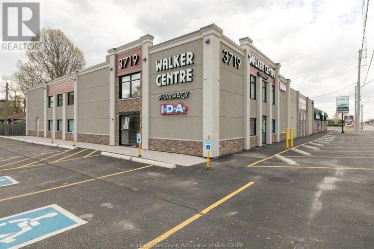 Image nr 1 for listing 3719 WALKER ROAD, Windsor