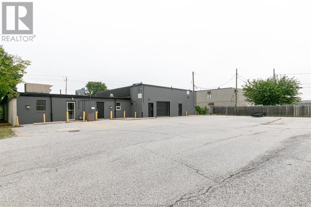 Image nr 9 for listing 3905-3911 TECUMSEH ROAD East, Windsor