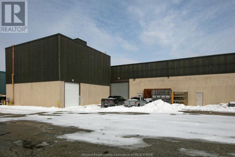 Image nr 2 for listing 3255 JEFFERSON BOULEVARD Unit# WEST BAY, Windsor