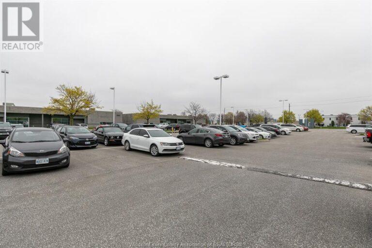 Image nr 3 for listing 4510 RHODES DRIVE Unit# 520, Windsor