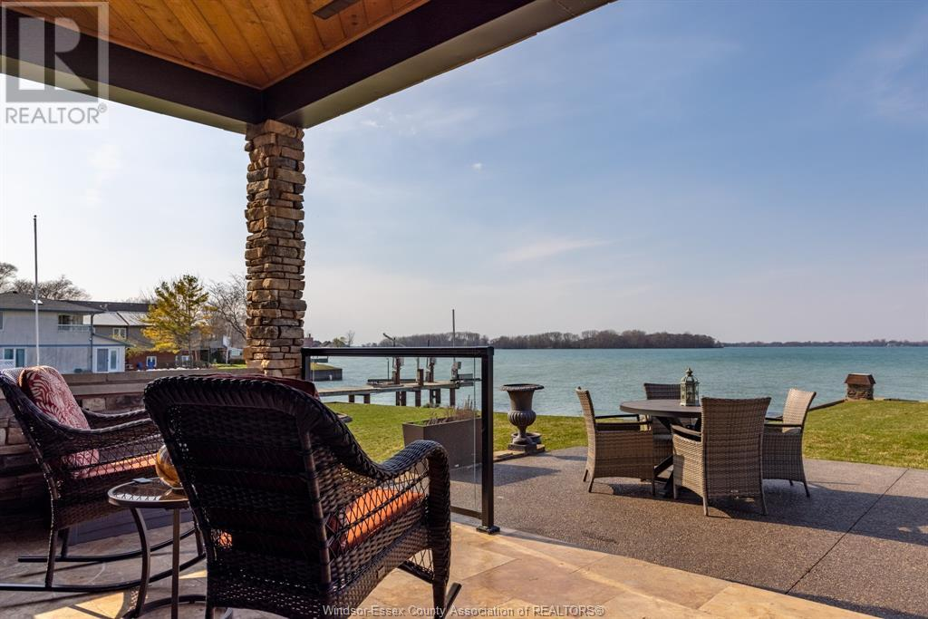 Image nr 15 for listing 10870 RIVERSIDE DRIVE East, Windsor