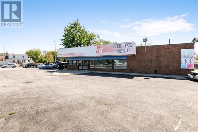 Image nr 5 for listing 1707 TECUMSEH ROAD West, Windsor