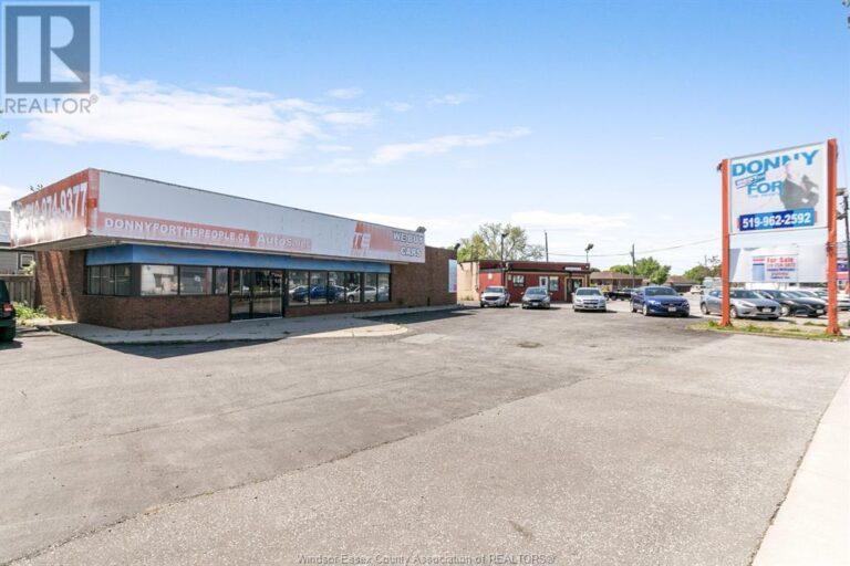 Image nr 1 for listing 1707 TECUMSEH ROAD West, Windsor