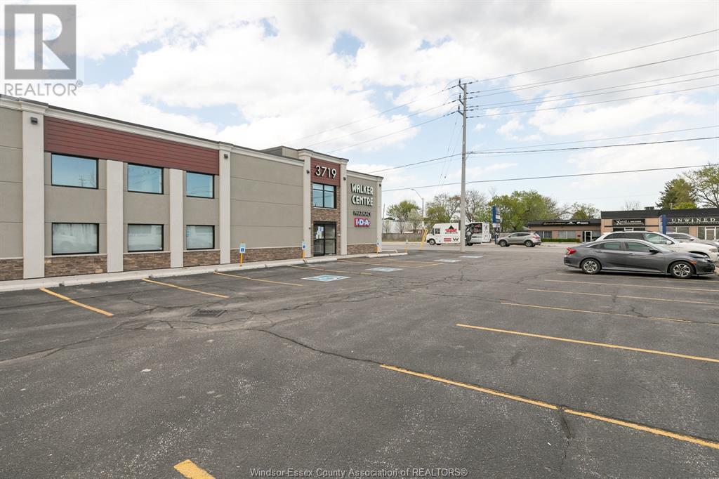 Image nr 6 for listing 3719 WALKER ROAD, Windsor