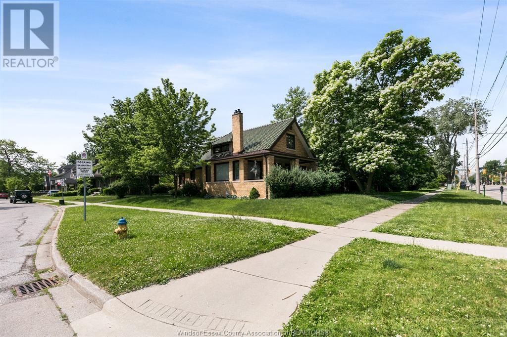 Image nr 1 for listing 2311 UNIVERSITY, Windsor