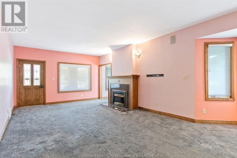 Image nr 12 for listing 2311 UNIVERSITY, Windsor