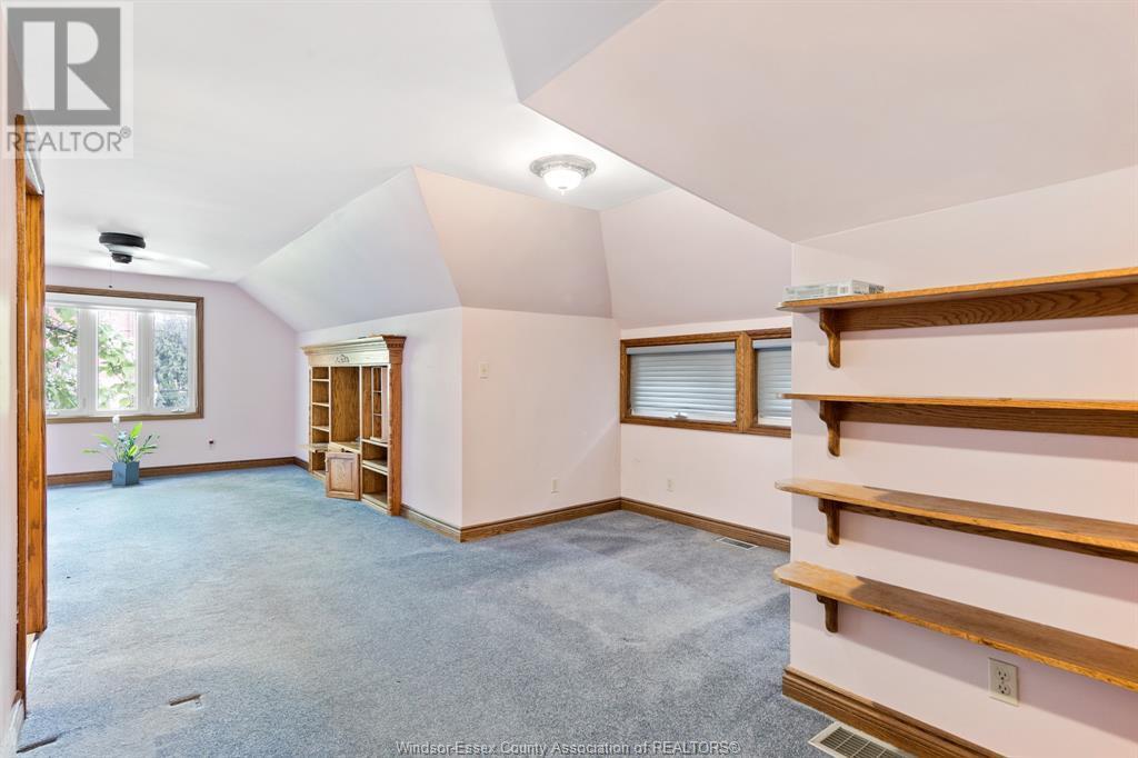 Image nr 24 for listing 2311 UNIVERSITY, Windsor